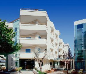 Hotel Albatros, Hotel  Misano Adriatico - big - 1