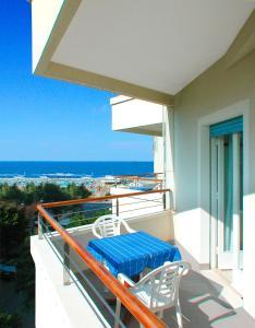 Hotel Albatros, Hotel  Misano Adriatico - big - 2