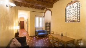 Appartamento San Giovanni, Penziony  Florencie - big - 35