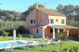 Villa Livadi, Villen  Magouládes - big - 12