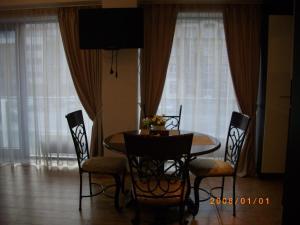 Centro apartamentai - Vingio apartamentai, Apartments  Vilnius - big - 17