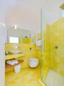 Suite Elegance Belvedere Capri Home Design, Отели типа «постель и завтрак»  Капри - big - 27