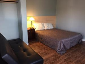 Peace River Inn and Suites