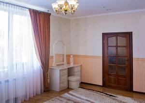 Senator Hotel, Hotels  Truskavets - big - 10