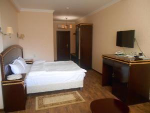 Green Hall Hotel, Hotels  Estosadok - big - 35