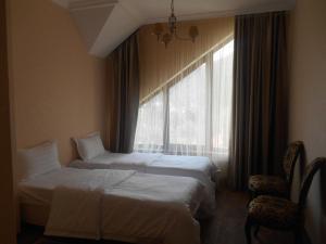 Green Hall Hotel, Hotels  Estosadok - big - 41