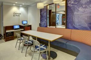 Fairfield Inn by Marriott New York Manhattan/Financial District, Отели  Нью-Йорк - big - 13