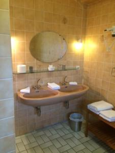 Hotel La Venerie, Hotels  Virton - big - 2