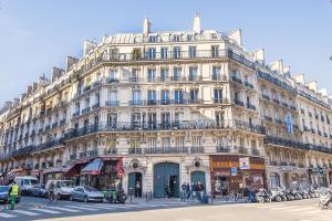 Parisianhome - Appartement quartier Martyrs, Saint George