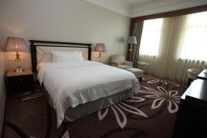 Reviews Foshan Fontainebleau Hotel