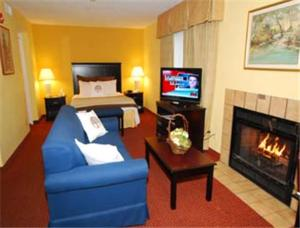 Nearby hotel : Hawthorn Suites Dayton North