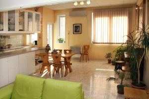 Central Apartment, Ferienwohnungen  Yerevan - big - 19