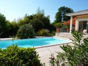Mascarisle, Bed & Breakfasts  Libourne - big - 33