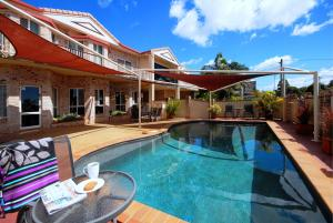 Highlander Motor Inn - Toowoomba, Queensland, Australia