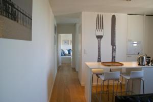 18 Crebillon, Apartmanok  Nantes - big - 8