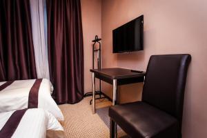 Leo Hotel Reviews