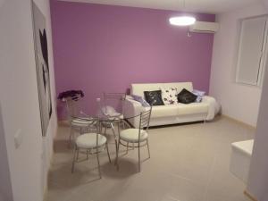 Sintria Court Apartments, Apartmanok  Balcsik - big - 43