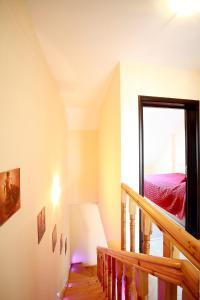 Sintria Court Apartments, Apartmanok  Balcsik - big - 40