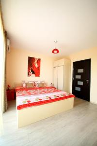 Sintria Court Apartments, Apartmanok  Balcsik - big - 39