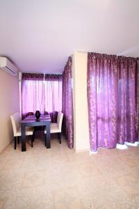 Sintria Court Apartments, Apartmanok  Balcsik - big - 36