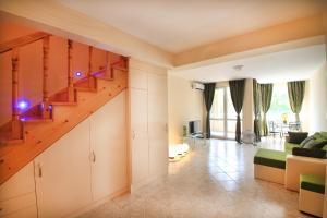 Sintria Court Apartments, Apartmanok  Balcsik - big - 2