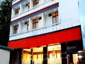 Pavilion Luxury Suites