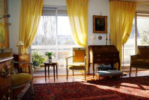 Apartment Boileau - 6 adults, Париж