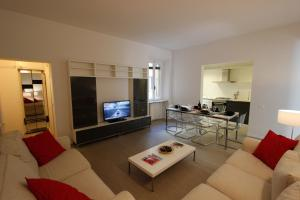 Sant'Ambrogio Apartment