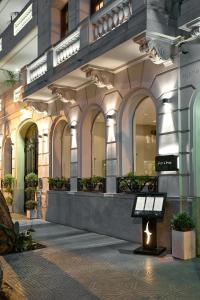 Bobo Hotel & Restaurant