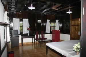 Wood Palace Heritage Resort, Курортные отели  Pīrmed - big - 5