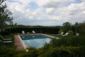 Villa Il Poggiarone, Виллы  Монтепульчано - big - 1