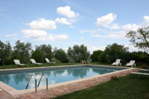 Villa Il Poggiarone, Виллы  Монтепульчано - big - 25