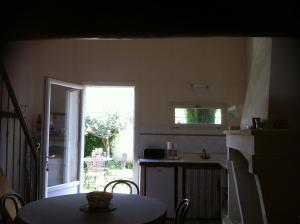 Aux 2 Maisons, Prázdninové domy  Mouriès - big - 10