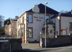 Twin Lions Hotel