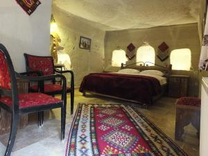 (Anatoliacave Pension)