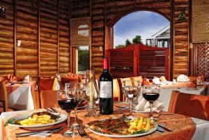 Hotel El Lago, Hotels  Paipa - big - 37
