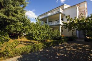 Milka Apartments
