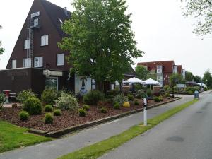 Hotel Restaurant Wattenschipper, Hotely  Nordholz - big - 63