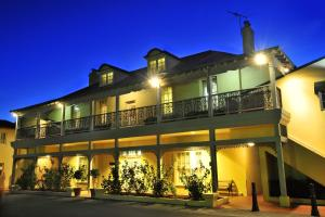 Clifton Motel & Grittleton Lodge - South West, Western Australia, Australia