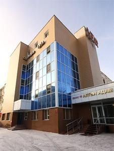 Гостиница Алтын Адам - фото 1
