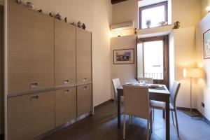 La casetta al Massimo, Апартаменты  Палермо - big - 28