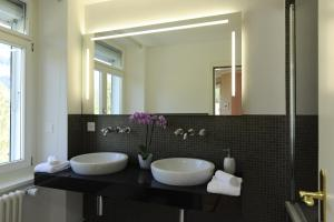 Romantik Hotel Schweizerhof, Hotely  Flims - big - 22