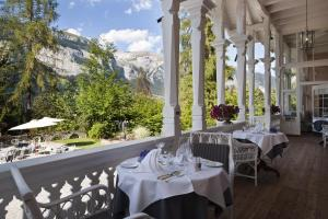 Romantik Hotel Schweizerhof, Hotely  Flims - big - 40