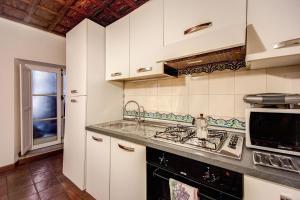 Reviews HI Navona apartment Rome