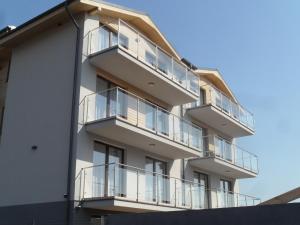 Marina Plaza Apartamenty Jastarnia, Apartmány  Jastarnia - big - 3