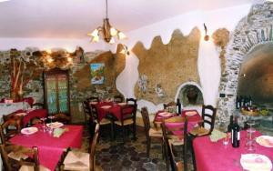 A Taverna Intru U Vicu, Bed & Breakfasts  Belmonte Calabro - big - 32
