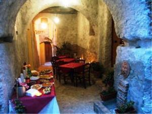 A Taverna Intru U Vicu, Bed & Breakfasts  Belmonte Calabro - big - 33