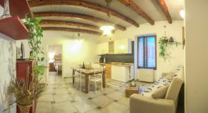 Appartamenti Antica Dro, Апартаменты  Dro - big - 2