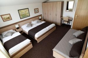 (Rooms Barba Niko near Zagreb Airport)