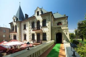 Pensjonat Zamek Derslawa